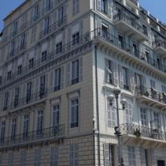 A Mural of Windows in Nice